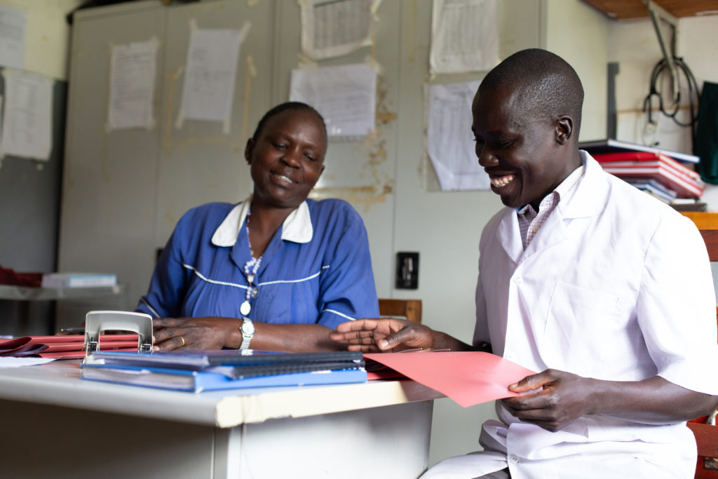 DNDi-VisceralLeishmaniasis-Amudat-Kenya-2019-HealthcareWorkers
